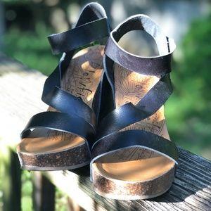 Blowfish Hapuku shoes: black size 10